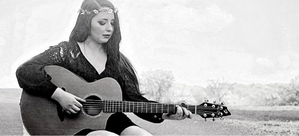 Buffalo, NY Singer Songwriter